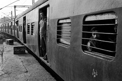 (falsalama) Tags: india delhi platform2   falsalama danielgriffin