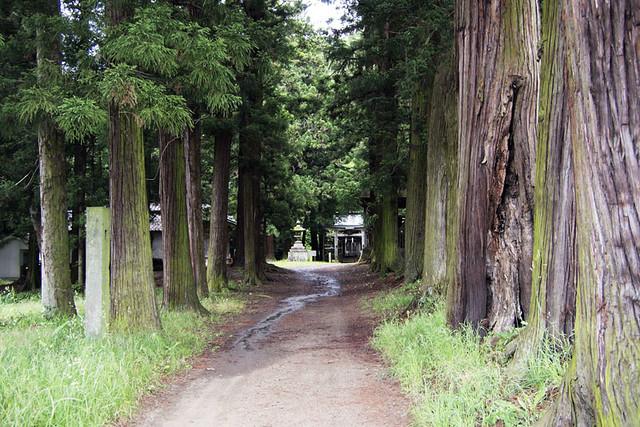 100627_103518_塩野神社