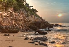 Meditation (fivehundredtoms) Tags: sunset beach pagoda waves pop meditation solitary tonemapped pagodameditationsunsetbeachwaves