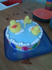 What a ducking great cake