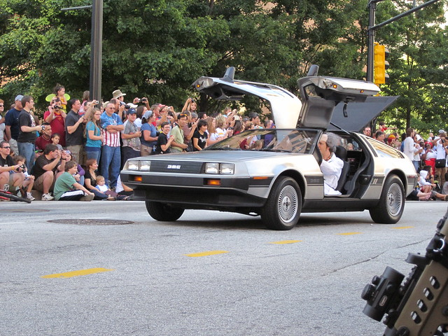 Back to the Future in Dragon*Con Parade 2010