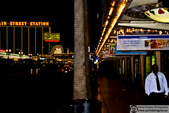 Vegas (Just a guy who likes to take pictures) Tags: street light portrait people usa man color colour male lamp night america dark photography noche us fotografie photographie unitedstates state nacht candid united colorphotography human after mister vs states lamps van amerika herr staten dunkel donker iphone kleur colourphotography meneer verenigde verenigdestaten kleurenfotografie