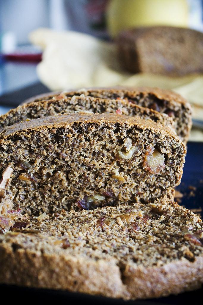 banana walnut date fig flaxseed bread