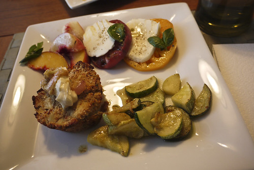 recipe for crab cake and caprese salad of heirloom tomato, peaches and nectarines
