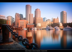 Urban Dreams (Sebastian (sibbiblue)) Tags: ocean camera longexposure morning usa water boston sunrise pier nikon wasser horizon filter courthouse morningsky bostonharbor bostonteaparty roweswharf daytimelongexposure neutraldensity nd110 nikond40