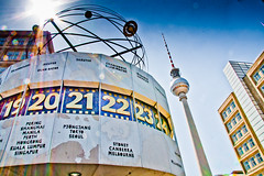 tik . . . tok (Bernd Weymann) Tags: berlin clock weltuhr fernsehturm zeit televisiontower uhr worldclock