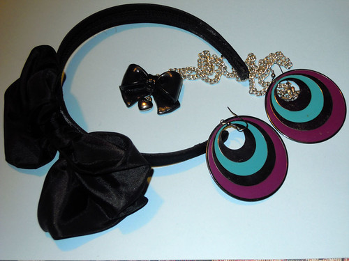 Teal-purple outfit - accessories