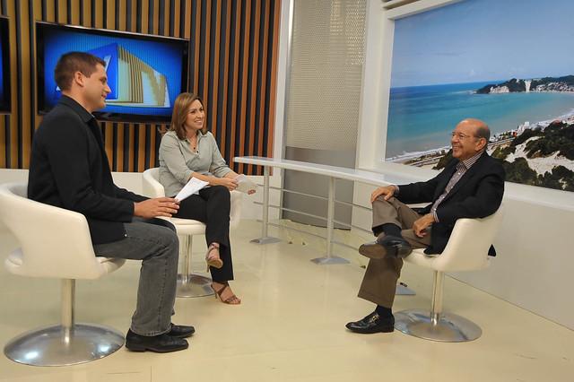 Iberê em entrevista na Intertv Cabugi