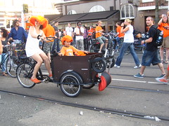 IMG_6504 (shimmertje) Tags: world orange holland cup netherlands hat amsterdam bicycle fan football cyclist child mother son parent cap final cycle 2010 crocs headgear bakfiets fanzone