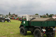 Unimog (sonjasfotos) Tags: traktor bulldog renault oldtimer holder unimog lanz mog trecker hanomag niederrhein schlepper deutz fendt eicher hela brggen schlter treckertreffen u2010 u411 u403 u423