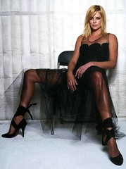 Charlize Theron (58) (I Love Feet & Shoes) Tags: sexy celebrity feet stockings pie shoes ps huf hoof bas pieds mules schuhe casco theron sandal piedi meias medias scarpe sandalias chaussures charlizetheron sapatos sandlias zapatillas sandalen  charlize   sandales  sandali   strmpfe    calcanhares  sse