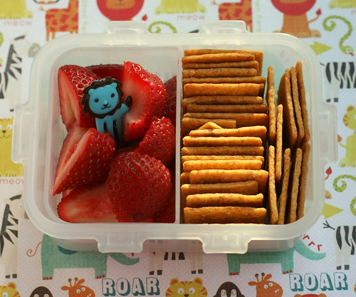 strawberry and wheat thins - roar!
