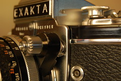 Exakta Varex IIa - release shutter locked