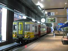 AM79 782 Antwerpen Centraal (southern_paul) Tags: belgium antwerpen anvers centraal nmbs sncb 782 am79