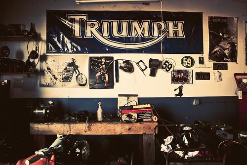 garage triumph
