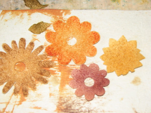 autumn felt flower pin 003