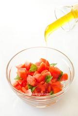 Pomodori, Basilico e Olio d'Oliva-Tomatos-Basil and Olive Oil