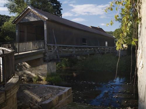 P8018833 Hausbrücke