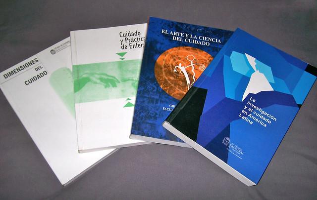 Algunos libros del Grupo de cuidado|by rapinedape via Flickr