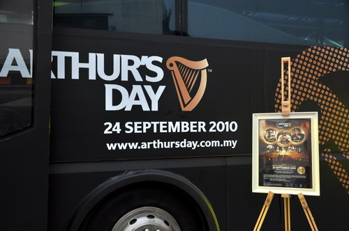 Arthur's Day Bus