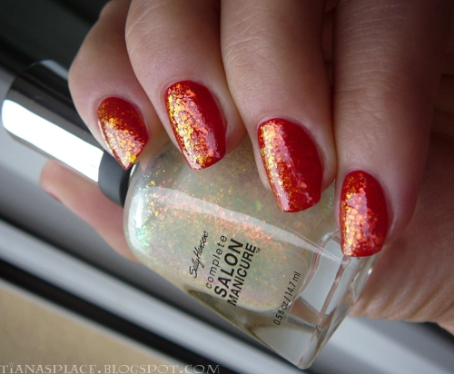 OPI - Color So Hot it Berns + Sally Hansen - Hidden Treasure #5