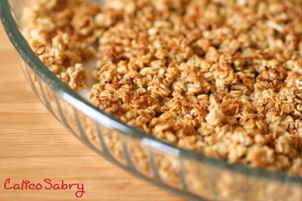 Crunchy granola teglia