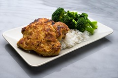Panko Crusted Pork Rib Chops on a bed of Rice with Broccoli Florets (Jim U) Tags: food home marble softbox reflector boomarm nikonsb80dx minolta50mm28macrors westcottapollo28 sony900