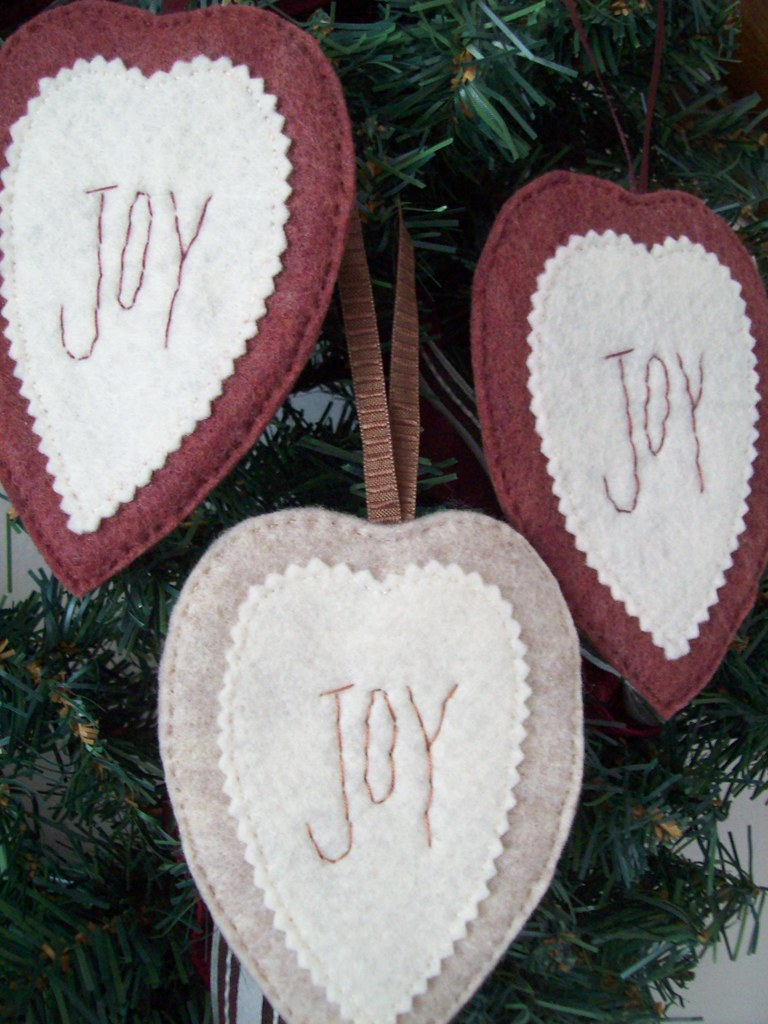 Primitive Heart Ornament/ Gift Card Holder