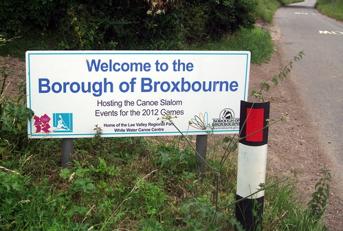 broxbourne2012sign-wormleywestend