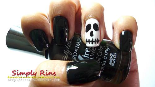 Nail Art Halloween Skull 04