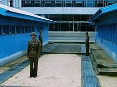 North Korean soldiers in the demilitarized zone. Penmunjon, North Korea. (Daniel Kliza) Tags: kim north korea il kimjongil dmz northkorea jong comunism pyongyang sung dprk kimilsung demilitarizedzone phenian kimirsen penmunjon
