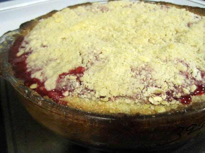 365/284: Vid and Annie's Fresh Raspberry Crumb Pie
