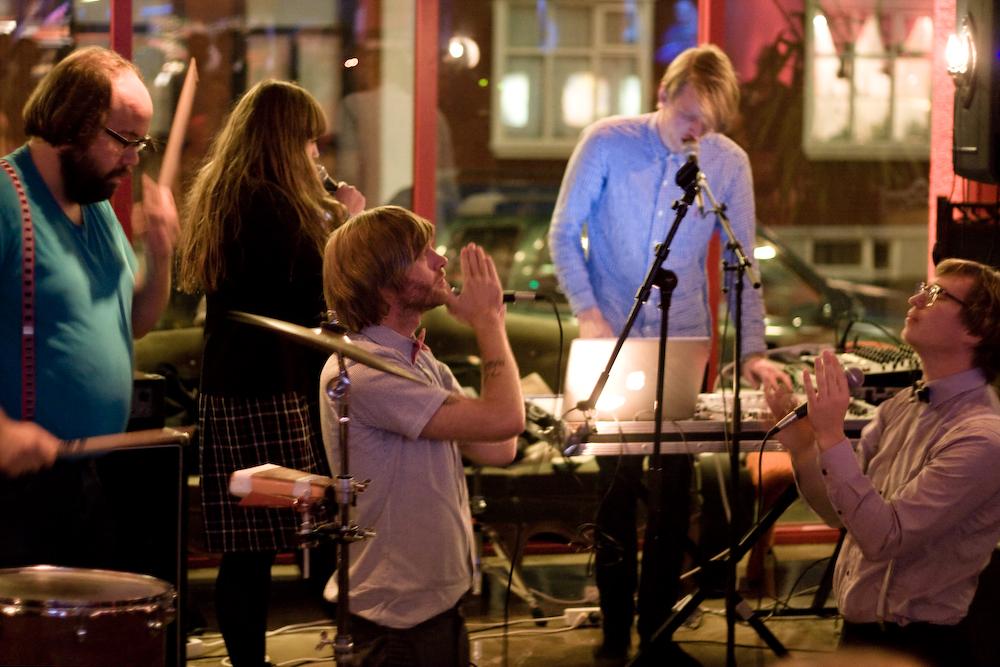 FM Belfast @ Airwaves 2010