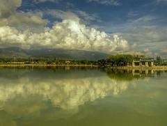 Glet manzaralar (Nejdet Duzen) Tags: trip travel cloud reflection turkey trkiye izmir bulut buca yansma turkei seyahat glet saariysqualitypictures