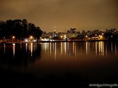 Pq. Ibirapuera (Marco Abud) Tags: lago noite ibirapuera luzes