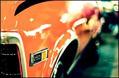250 (che... esta est como para el explore, no?) (tom )() Tags: auto light orange luz car canon 50mm reflex dof bokeh reflejo naranja 250 tomd xti 400d tomduca
