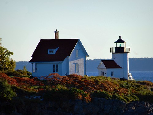 Curtis Island Light