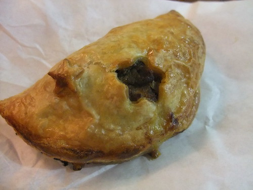 SFO Day 3: Carnitas Empanada from Frog Hollow @ Ferry Market Building