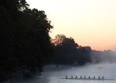 Oxford in the mist (SuzyJane) Tags: england mist thames river dawn oxford commute rowers mywalktowork