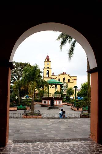 Ixhuacán de Los Reyes, Ver by Alex Caballero.