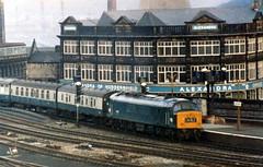 45038 Huddersfield 24 Jan 1976. (Barrytaxi) Tags: car train peak 45 buffet huddersfield 038 gresley