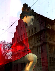 giant lady (rosmary) Tags: christmas urban reflections zurich zrich bahnhofstrasse reflexionen