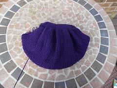 Gathering the edge of the fat bag (crochetbug13) Tags: crochet cascade220 fatbag samantasfatbag
