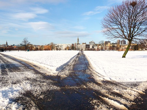 Snowbound Glasgow Green