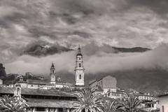 BR_Menton-477 (claude_porignon) Tags: menton france cathédrale ciels nuages palmiers bw urbanisme
