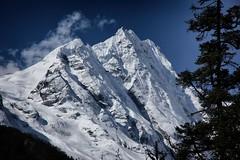 Peaks in the Manaslu Himal (beudii) Tags: peak nepal manaslu himal himalaya berge mountains landscape landschaft eis ice snow schnee trekkign hiking