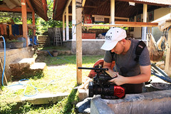 KS4A9896 (Actuality_Media) Tags: threadsoflife bali odu inproduction production onset studyabroad studyabroad2017 actualitymedia documentary fieldstudy documentaryfilmmaking documentaryfilmmakers weavers studentfilmmakers shortdocumentary filmabroad filmmaking filmproduction lifeofafilmstudent filmstudentlife