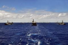 100724-N-7042V-035 (U.S. Pacific Fleet) Tags: ships aerialview pacificocean uspacificfleet rimpac ussbonhommerichardlhd6 pacflt usnavyphoto 32shipphotoexercise