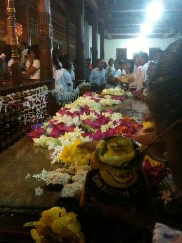 Buddhists worship Buddha's tooth in Kandy