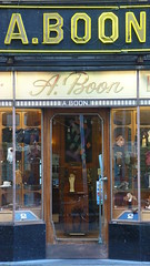 A.Boon Antwerpen  102 (mansionmedia simon knight) Tags: window fashion shop retail gloves antwerp antwerpen anvers simonknight mansionmedia